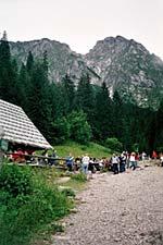 U stóp Giewontu, jeden z najpopularniejszych szlaków spacerowych autor: Alina Sidor  z dnia  2005